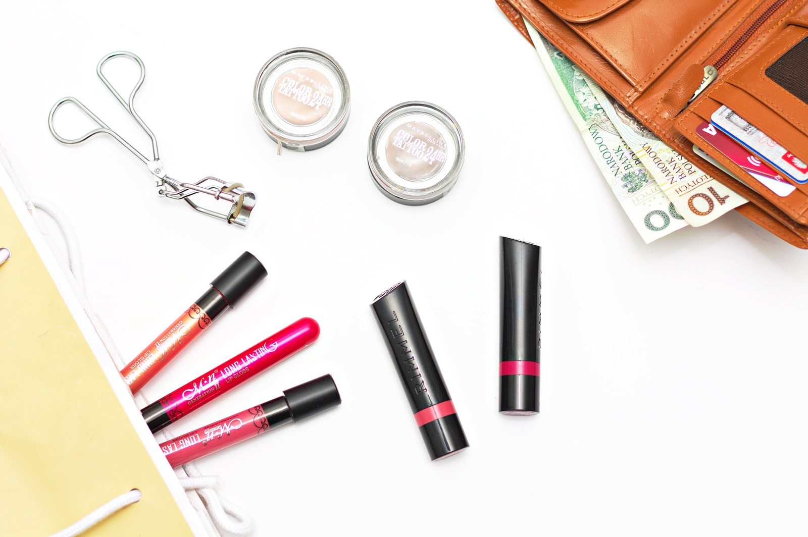 Jak z głową kupować kosmetyki?