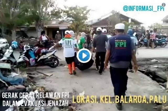 Laskar FPI Rela Tinggalkan Anak Balitanya, Demi Terjun Langsung Bantu Korban Gempa Tsunami Palu