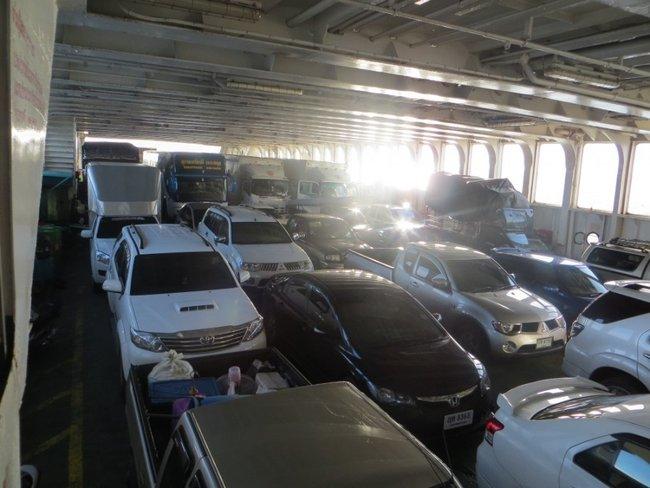 Пикапы, седаны, грузовые, автобусы