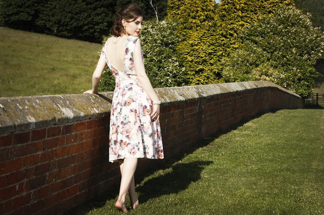 Helen Mae Green for English Country Vintage, Tip Top Hair Design and Steve Bond Images