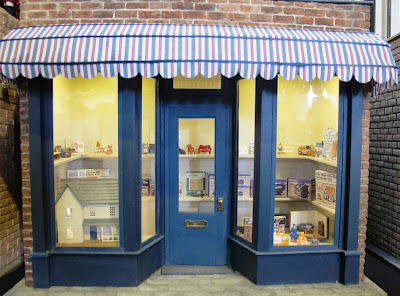 One-twelfth scale toy shop.