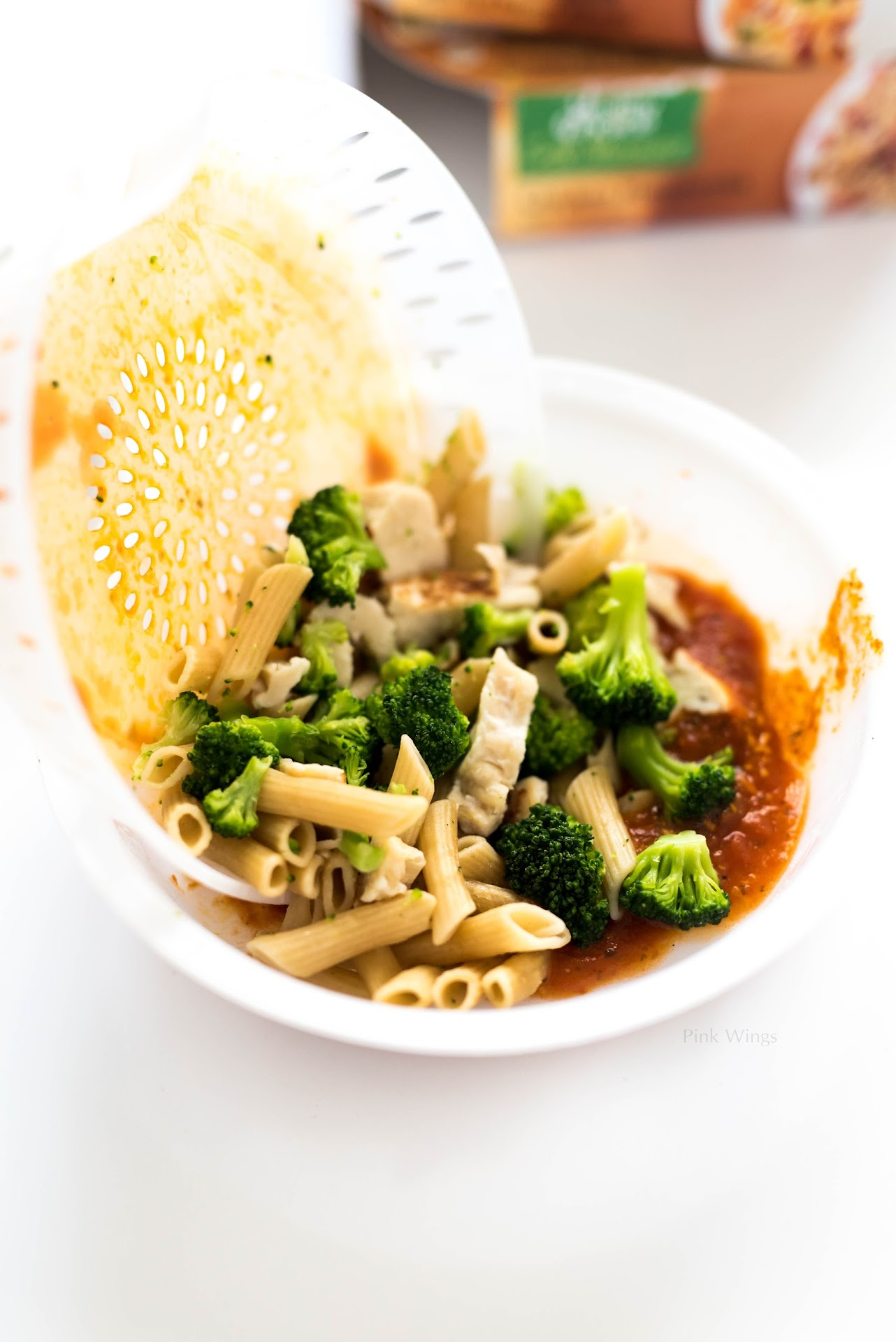 quick easy meal planning, meal ideas, ideas for two, busy moms, quick easy meals for 4, healthy choice cafe steamers review, penne marinara, healthy pasta, chicken marinara penne, pasta dish, broccoli pasta dish, best tasting frozen meals