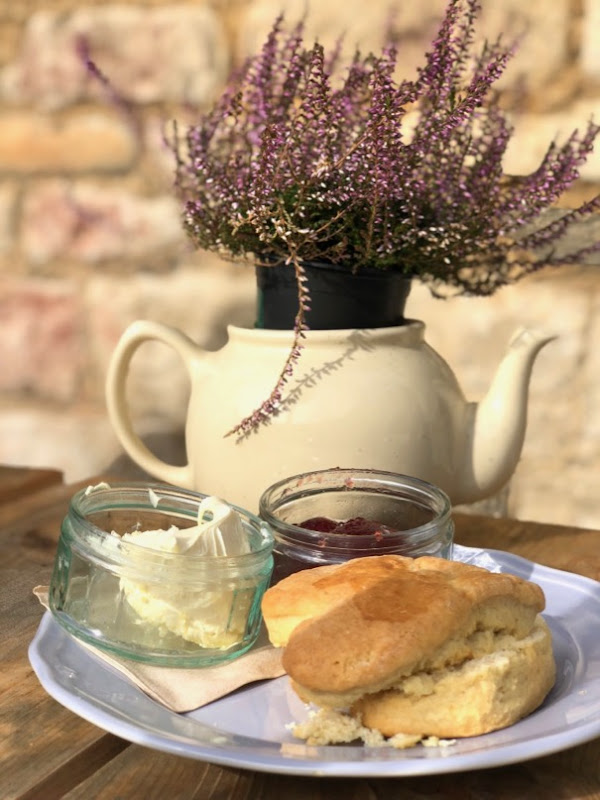 English Countryside cream tea
