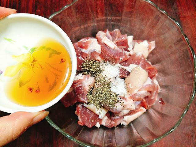 Hướng dẫn bạn làm món thịt đông ngon tuyệt đón Tết