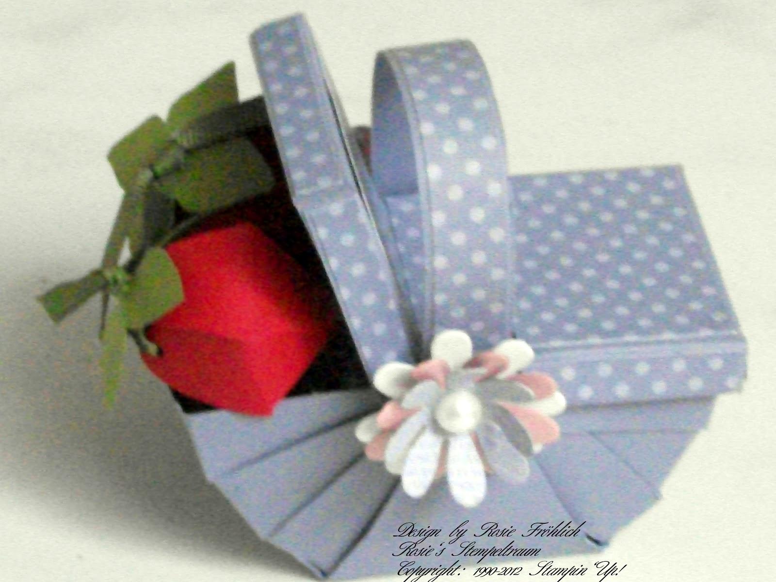 rosie s stempeltraum picknickkorb mit erdbeeren. Black Bedroom Furniture Sets. Home Design Ideas