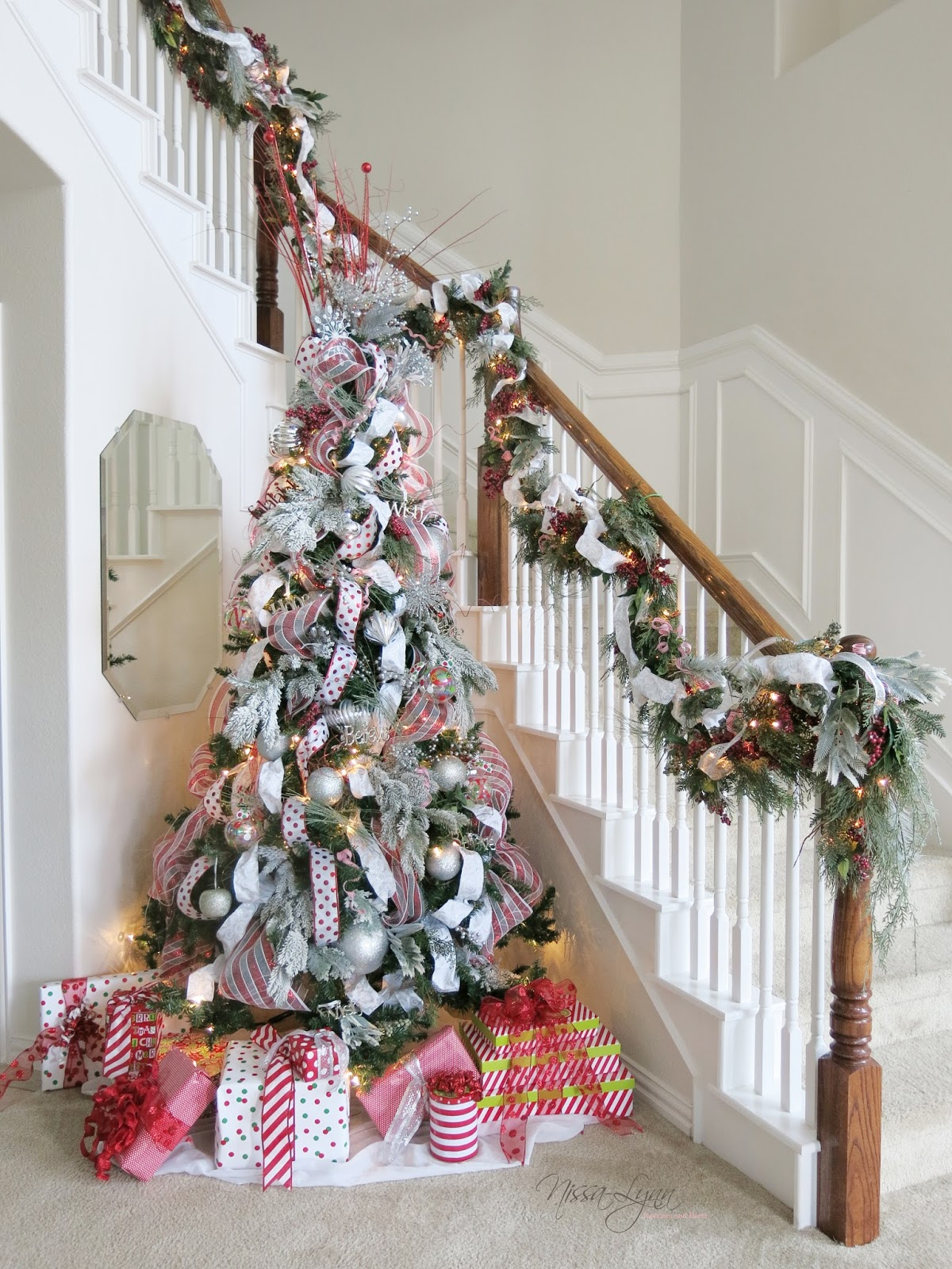 Nissa-Lynn Interiors: Making an Old Christmas Tree New Again!