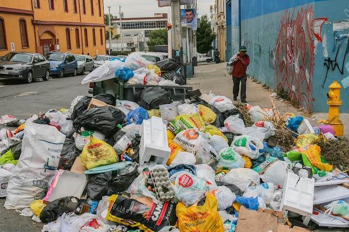 234. Manual para aprender a botar basura