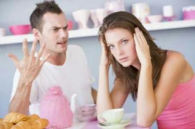 Apa Yang Seharusnya Istri Lakukan Ketika Suami Sedang Menghadapi Masalah??