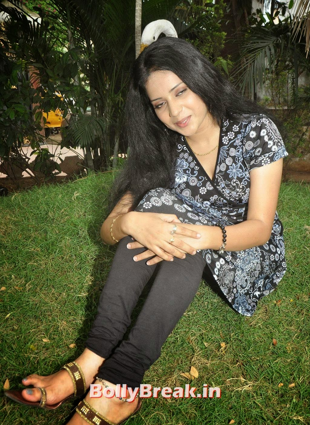 , Asrik Bhanu HD Photo Gallery
