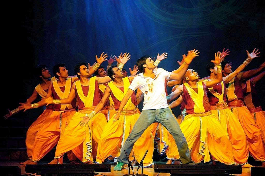 photo d'un tabelau de danse homme de Bharati