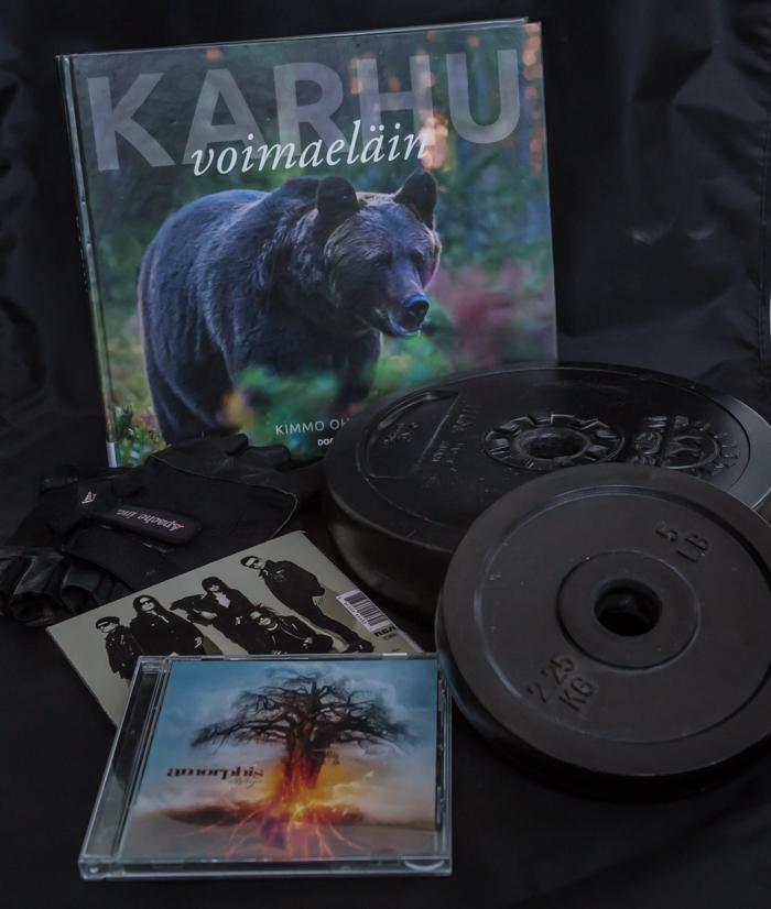 karhu kirja amorphis levy kuntosalivarusteet luontokirja kimmo ohtonen1)
