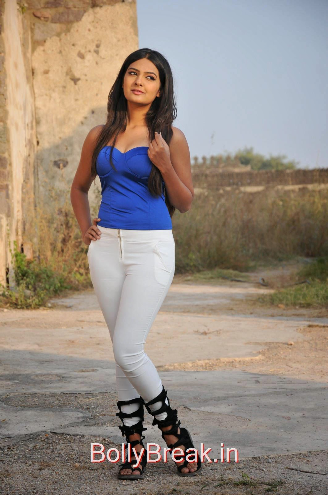 Neha Deshpande Photo Gallery, Neha Deshpande Hot Pics in blue Top, Tight Jeans from The Bells Movie