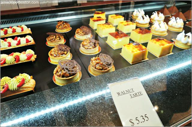 Ruta Gastronómica por Salem: Vitrinas Pasteles Caramel