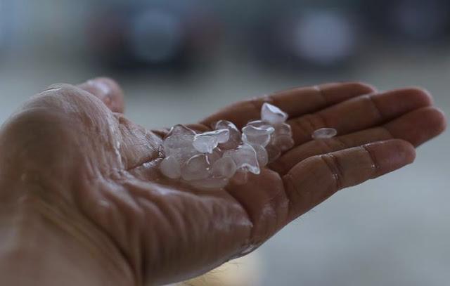 Fenomena Hujan Es Kembali Landa Makkah