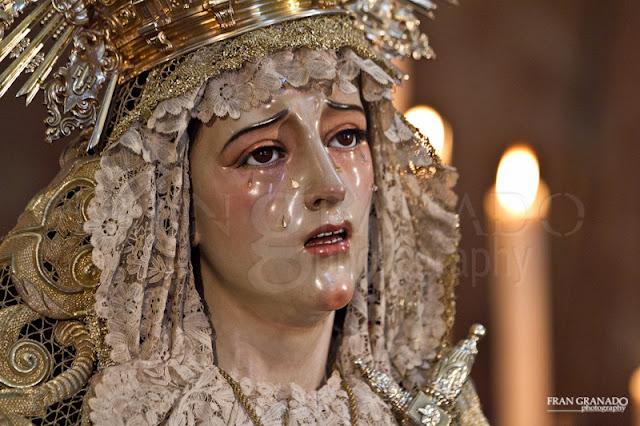 http://franciscogranadopatero35.blogspot.com/2016/02/besamanos-virgen-de-los-dolores-2015_29.html