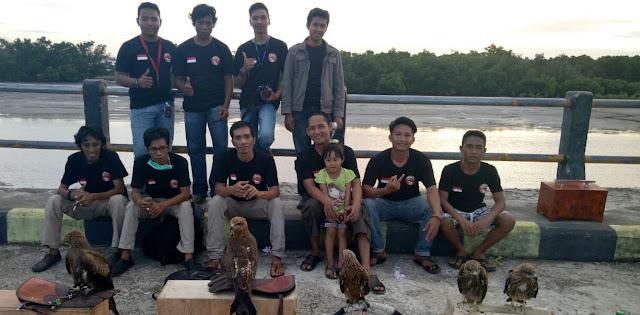 Begini Cara Pecinta Burung Elang di Bone Rayakan HUT Kemerdekaan RI ke 73