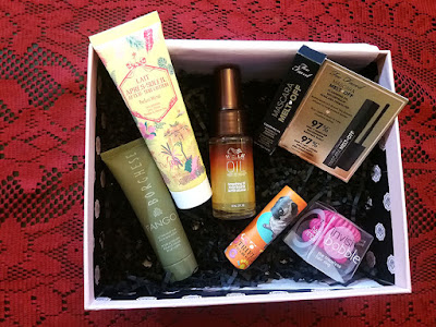 August 2016 GLOSSYBOX, Glossybox US, Subscription beauty box, Invisibobble, Wella, Borghese fango, Mud mask, Flawless skin, trifle cosmetics, too faced cosmetics, Lip cream, Beauty, makeup, beauty review, makeup review, makeup blog, beauty blog, top beauty blog, red alice rao, redalicrao