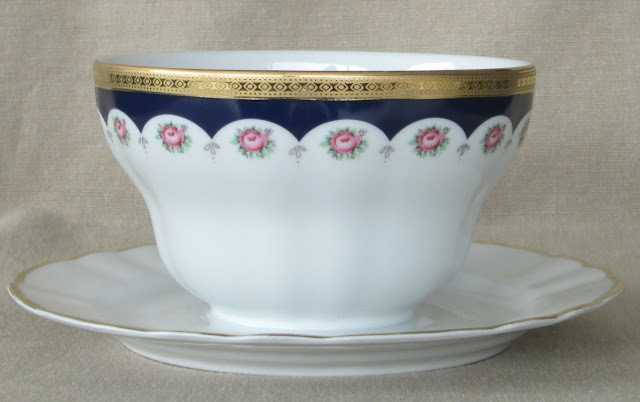 Bavarian Porcelain Mayo Bowl made by Winterling in Marktleuthen