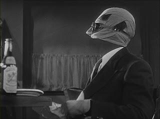 El Hombre Invisible cuenta con unos efectos especiales y visuales espectaculares a cargo de John P. Fulton