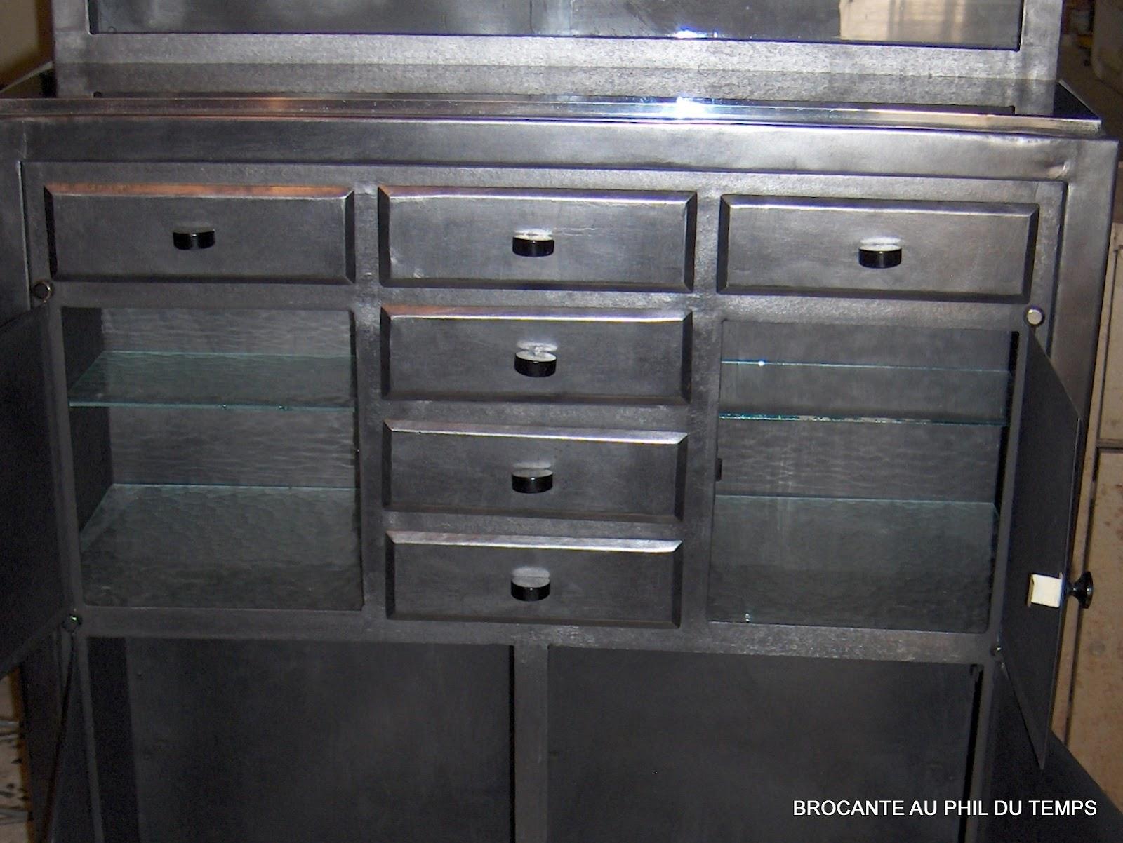 brocante d coration un nouveau monde meuble de dentiste en m tal patine anthracite. Black Bedroom Furniture Sets. Home Design Ideas