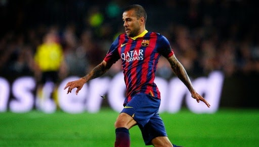 Liverpool to fight Man Utd for Dani Alves