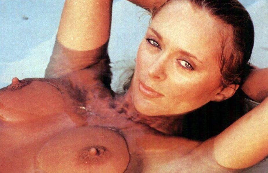 Sybil danning sex scene — photo 6