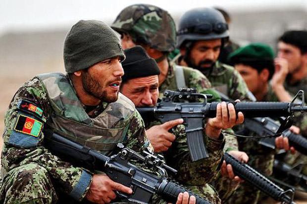 Pasukan Khusus Afghanistan Bebaskan 60 Tahanan Taliban