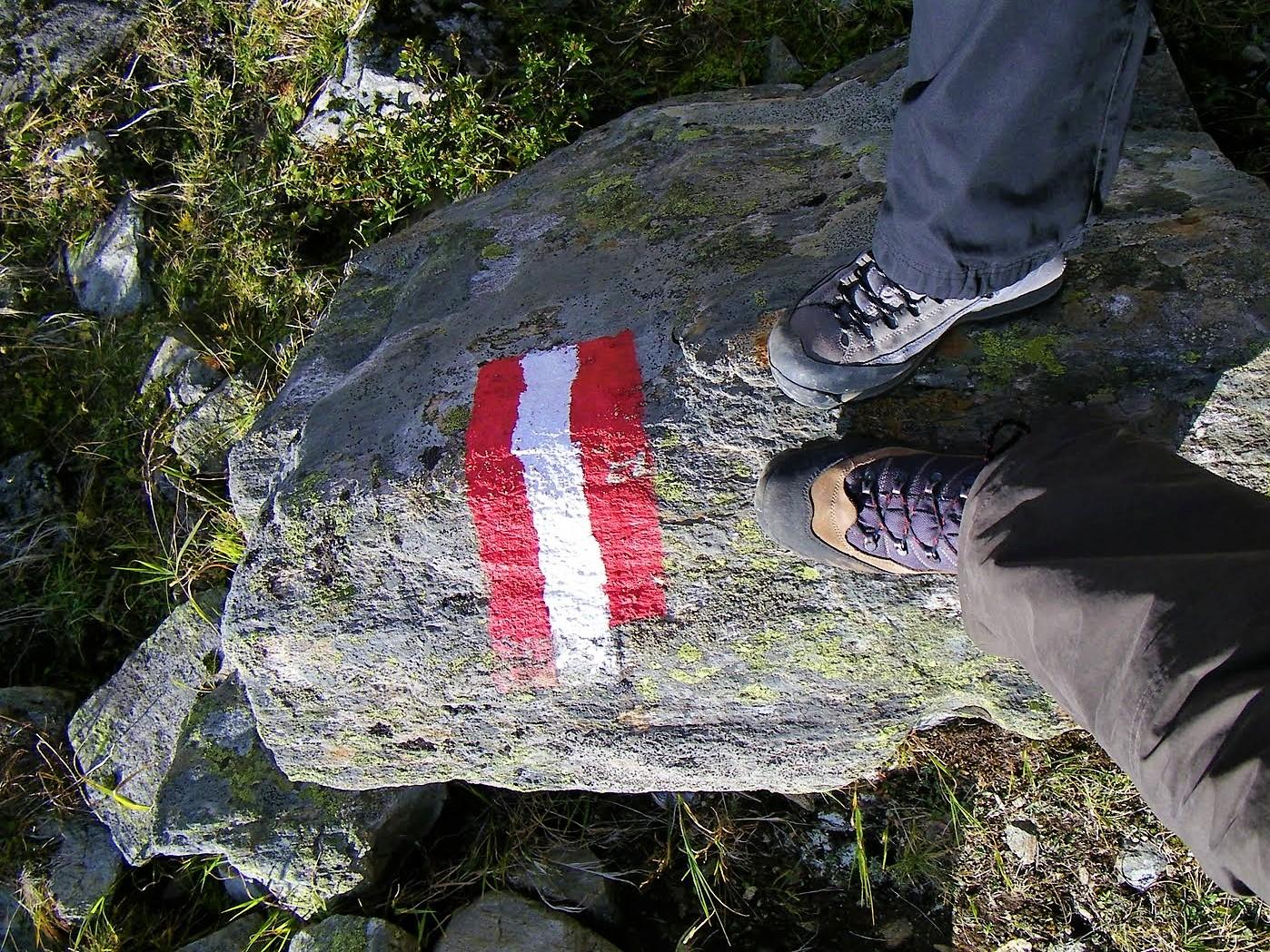 Przygotowanie stóp na długą wędrówkę - Góry Alpy