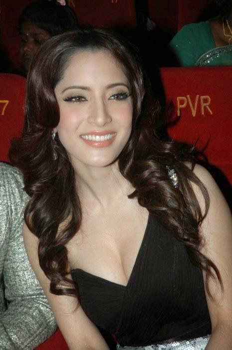 Meenakshi Photoshoot Stills, Actress Meenakshi Hot Photo Gallery in Black Dress