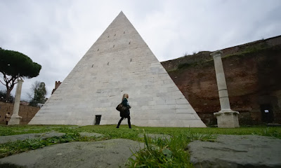 2,000-year-old Rome pyramid getting spotlighted