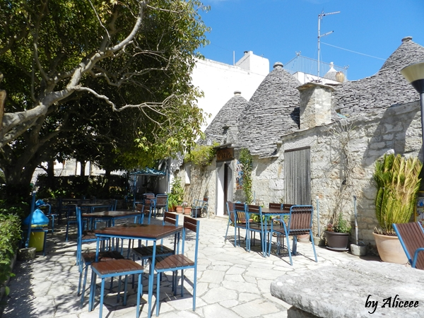 bar-alberobello