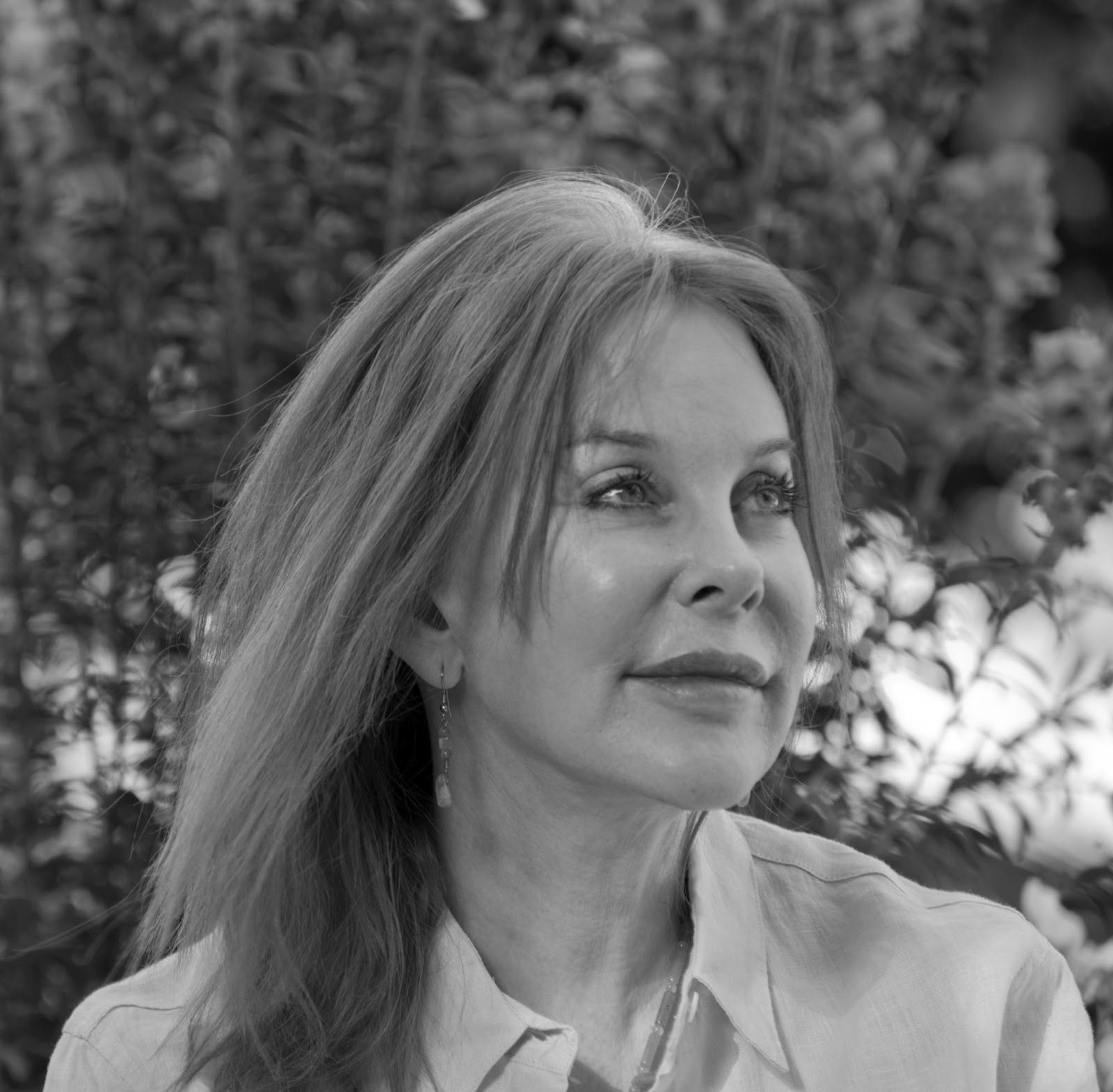 Fine Art Magazine Blog Celebrated Author Melissa border=