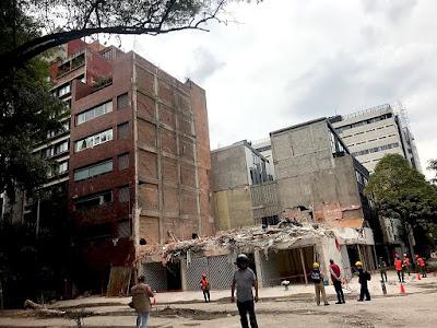 Si la tierra hubiera temblado tres minutos más la destrucción hubiera sido tan grande que llevaría años reconstruir de nuevo la Ciudad de México.