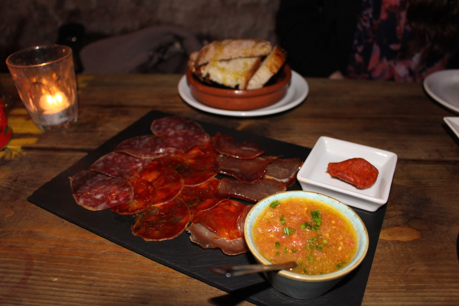 La Cabina London : La cabina review studded kisses