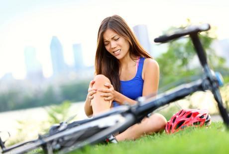 Olahraga dan perang yaitu dua hal yang berbeda tapi mempunyai banyak kesamaan Cara Menghindari Cedera Saat Olahraga