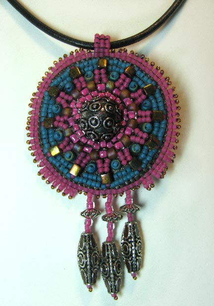 Beading arts stitch a clock motif for your bead