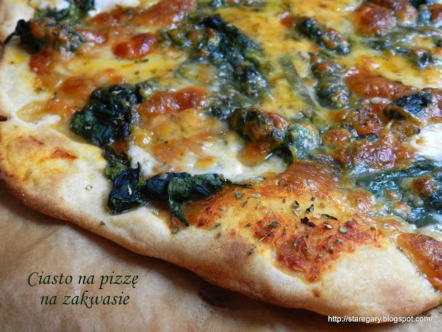 Ciasto na pizzę na zakwasie