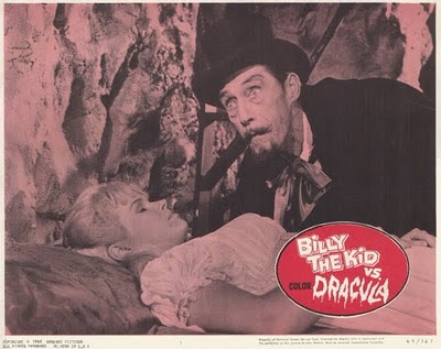 John Carradine en una escena de Billy the Kid vs Dracula