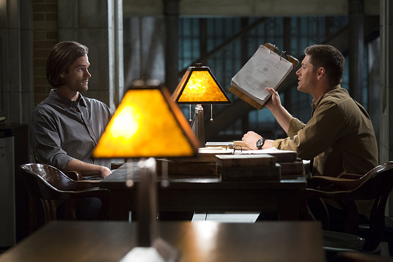 Recap/review of Supernatural 10x08 Hibbing 911