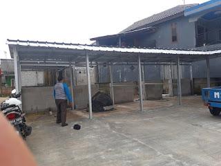 Pembuatan tempat usaha pedagang di Bekasi