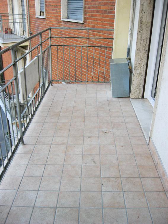 Arredare torino balcone fai da te for Arredare un terrazzo fai da te