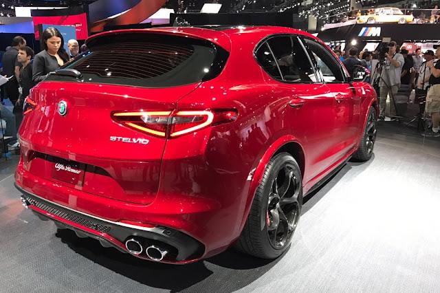 2018 Alfa Romeo Stelvio Exterior