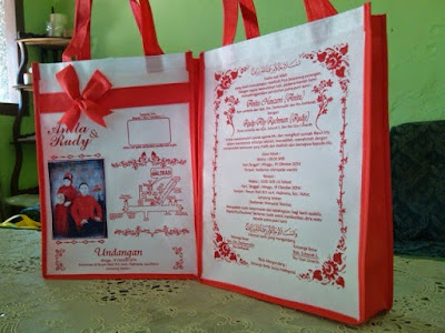 souvenir nikah Tas Undangan Pernikahan Dengan Foto