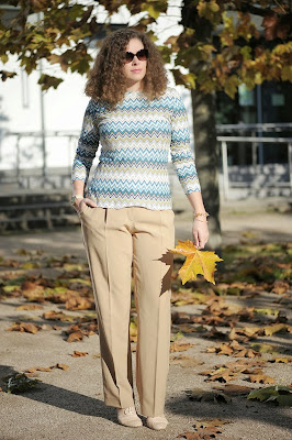 http://seaofteal.blogspot.de/2014/10/pinestriped-navy.html