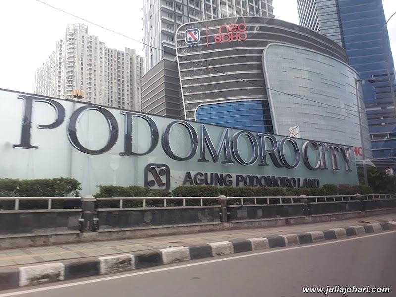 Kagum Tengok Kemewahan Pusat Beli Belah di Podomoro City - Central Park, Neo Soho & Taman Anggerik Jakarta | Part 5