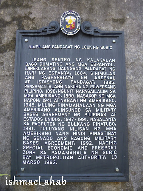 National Historical Commission marker for the West Gate of the Spanish Naval Base in Subic Bay