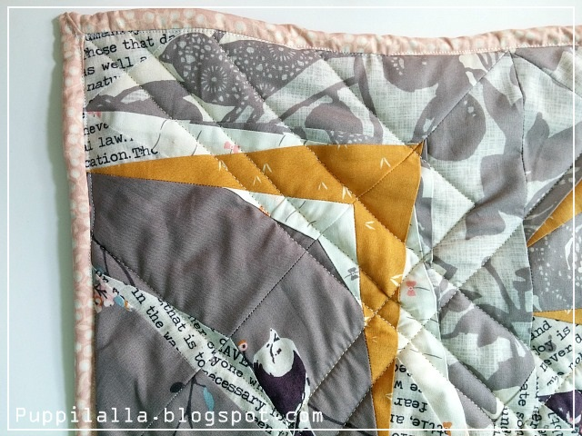 Puppilalla Original Design, Foundation Paper Piecing, FPP, Blithe Fabric, Katarina Roccella, Baby Quilt, Baby Blanket, Modern Quilt, Low Volume Quilt, Static Interference Quilt Block