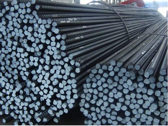 Sản lượng thép của Trung Quốc tăng 2% vào cuối tháng 2