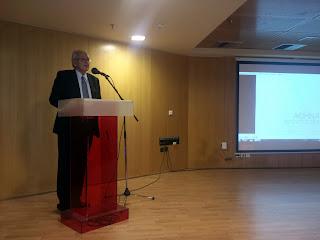 Ο Συγγραφέας Δημήτρης Κωνσταντάρας