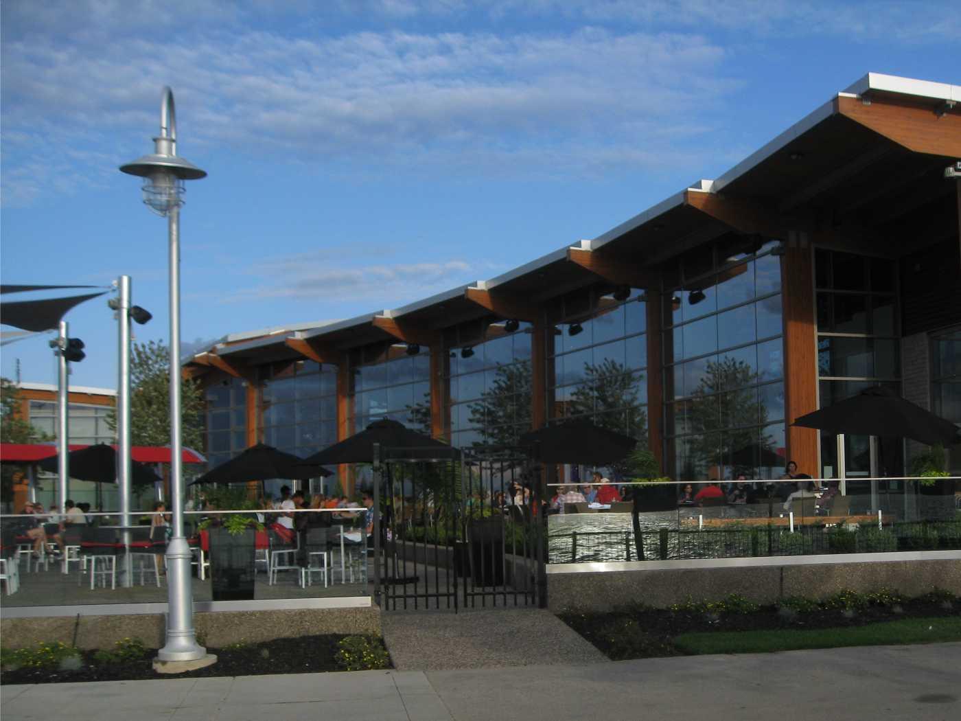 Shari S Restaurant Division Avenue Eugene Or